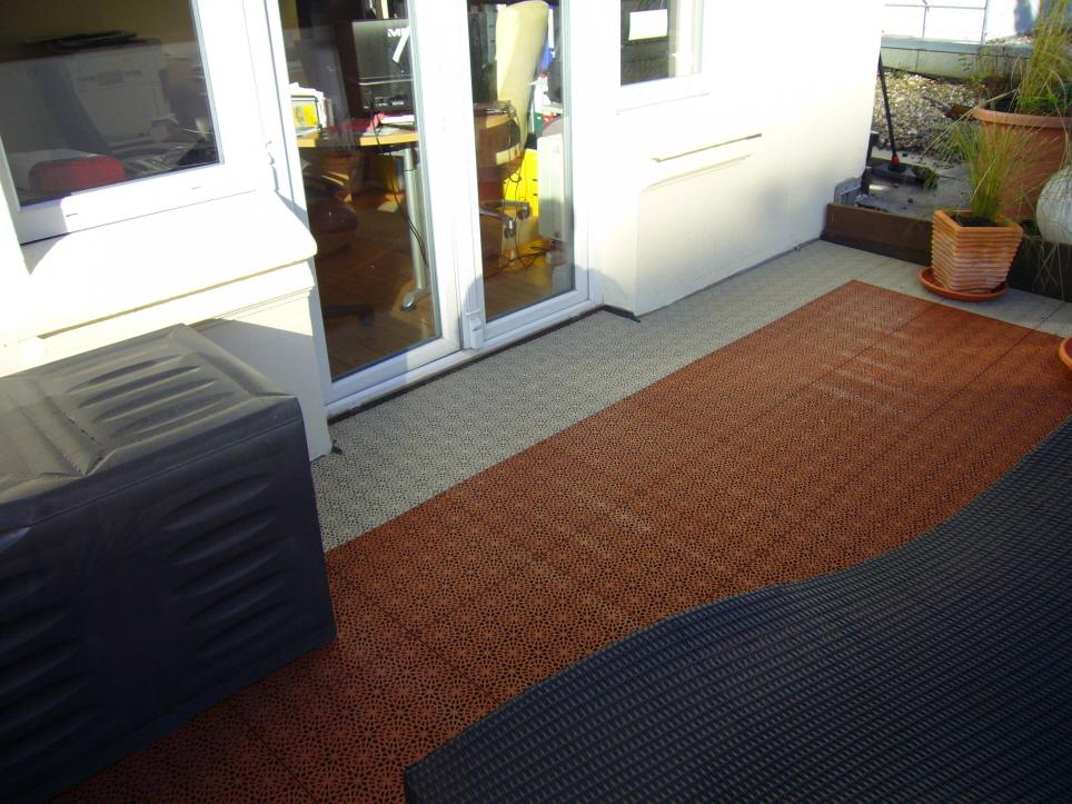 Balkon und Terrassenboden mit Bergo XL Kunststoffboden
