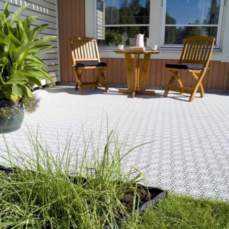 Terrasse mit Terrassenfliesen ROYAL